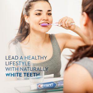 натурална избелваща паста за зъби Crest